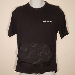 Adidas Men's Front Pouch Pocket T-Shirt Black.